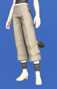 Model-Cropped Flannel Slops-Female-Miqote.png