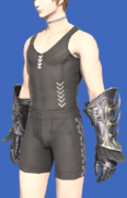 Model-Hellhound Gauntlets-Male-Hyur.png