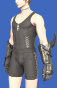 Model-Augmented Lost Allagan Gloves of Striking-Male-Hyur.png