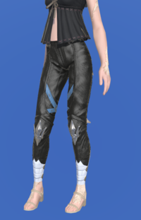 Model-Ironworks Breeches of Casting-Female-AuRa.png
