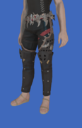 Model-Replica Sky Rat Breeches of Healing-Male-Hyur.png