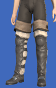Model-Amateur's Thighboots-Male-Hyur.png