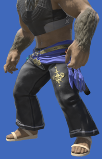 Model-Antiquated Welkin Breeches-Male-Hrothgar.png