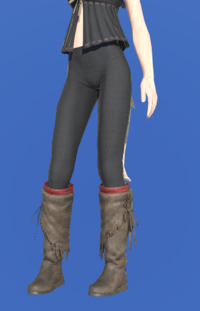 Model-Expeditioner's Moccasins-Female-AuRa.png