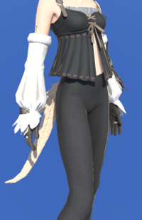 Model-Owlliege Armguards-Female-AuRa.png