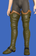 Model-Ul'dahn Officer's Boots-Male-Hyur.png