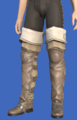 Model-Initiate's Thighboots-Male-Hyur.png