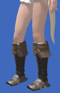 Model-Raptorskin Moccasins-Female-AuRa.png