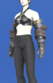 Model-Eaglebeak Gauntlets-Female-Roe.png