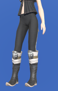Model-Royal Volunteer's Boots of Scouting-Female-AuRa.png