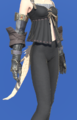 Model-Eaglebeak Gauntlets-Female-AuRa.png