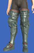 Model-Ivalician Brave's Greaves-Male-Hyur.png