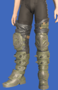 Model-Toadskin Leg Guards-Male-Hyur.png