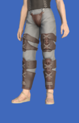 Model-Ivalician Brave's Trousers-Male-Hyur.png