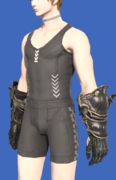 Model-Rathalos Vambraces (M)-Male-Hyur.png