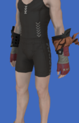 Model-Replica Sky Rat Fingerless Gloves of Striking-Male-Hyur.png