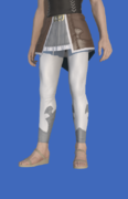 Model-Cashmere Skirt of Striking-Male-Hyur.png