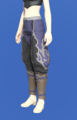 Model-Ao Oni Tsutsu-hakama-Female-Hyur.png